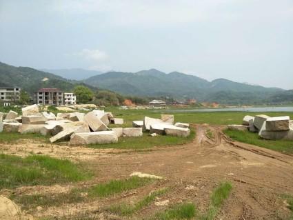 九江星子县2000亩有林地转让,有山有水,适合旅游开发